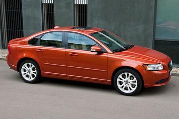 Volvo S40 en V50 voordeliger en nieuwe versies