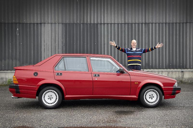 Blits bezit - Alfa Romeo 75 America