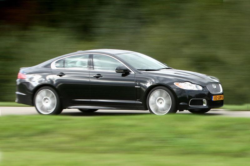 Jaguar XFR (2010)