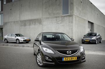 Mazda 6 2.0 DISI - Opel Insignia 1.6 Turbo - Renault Laguna 2.0 16V 140