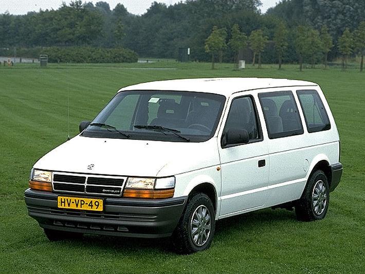 Chrysler Voyager 3.3i V6 LE (1994)