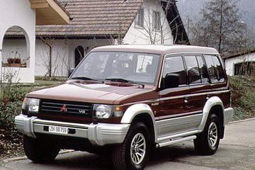 Mitsubishi Pajero Long Body 3.0 V6 GLSi (1992)