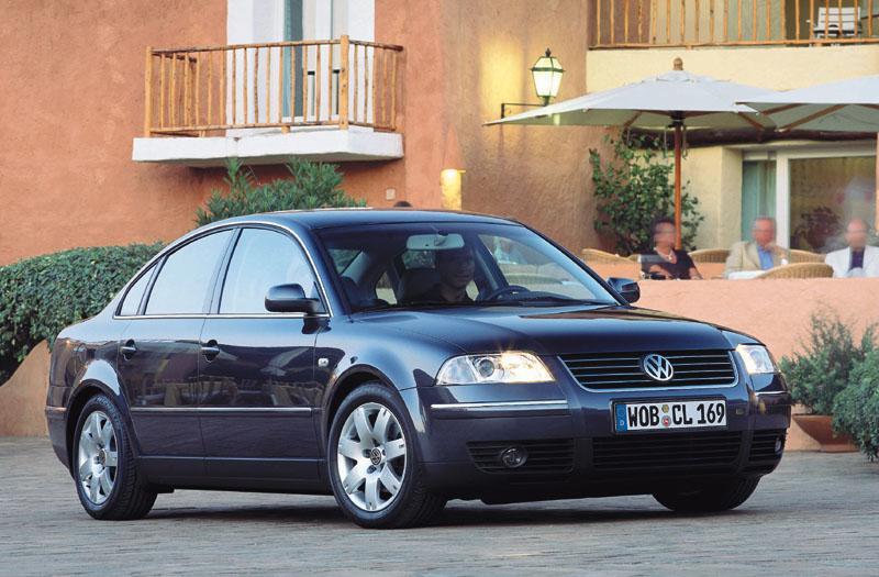Volkswagen Passat 1.8 5V Turbo Comfortline (2003)