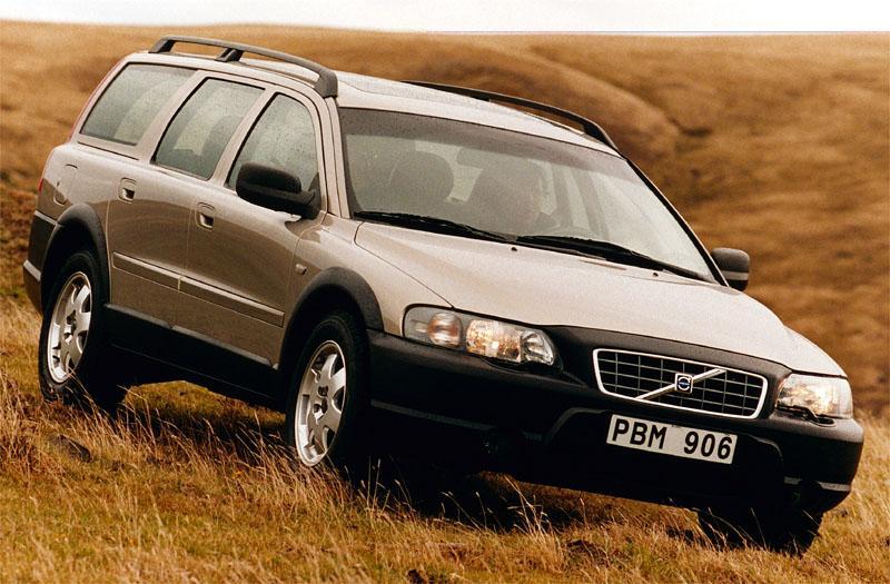 Volvo V70 Cross Country 2.4 T (2001)