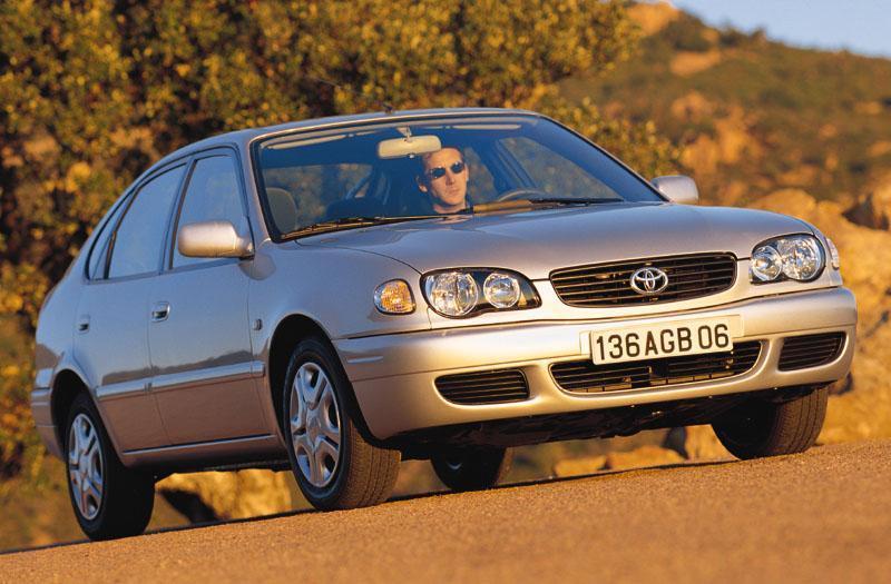 Toyota Corolla 1.6 16v VVT-i Linea Sol (2000)