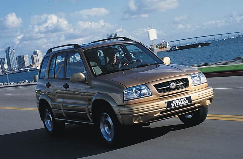 Suzuki Grand Vitara 2.5 V6 (2003)