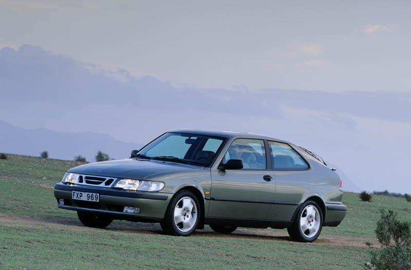 Saab 9-3 Coupé 2.2 TiD (2002)