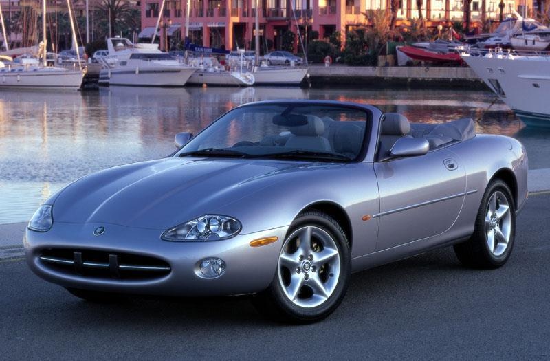 Jaguar XK8 Convertible (2002)