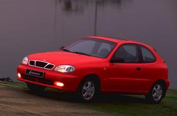 Daewoo Lanos 1.5 SX (2000)