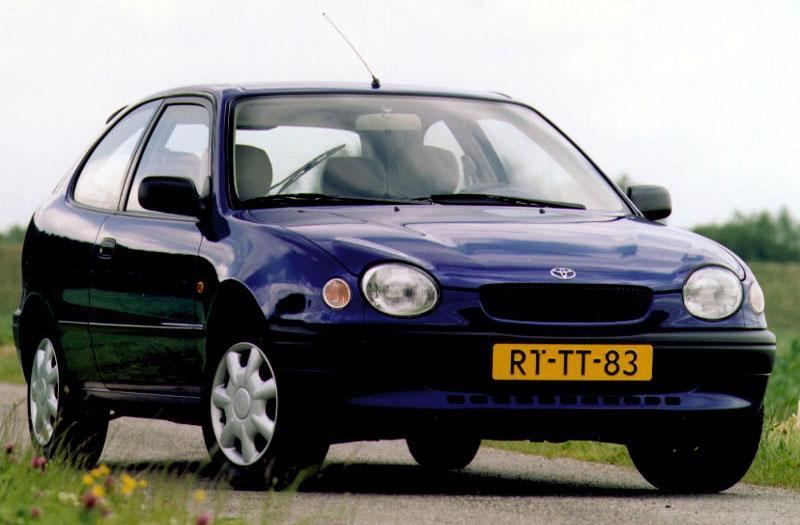 Toyota Corolla 1.6 Linea Terra (1998)