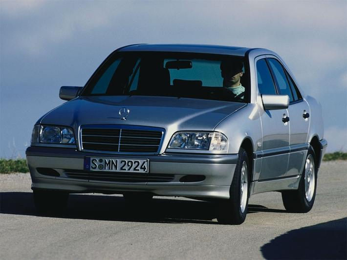 Mercedes-Benz C 200 CDI Classic (1999)