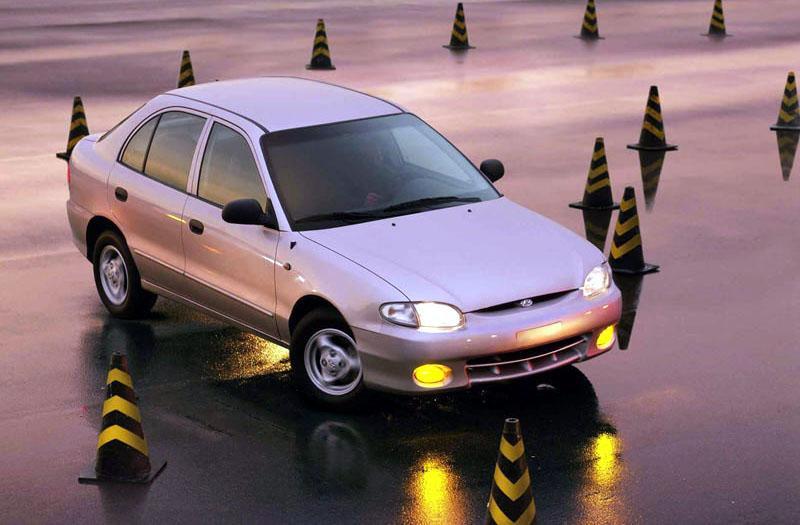 Hyundai Excel 1.3i SE (1999)