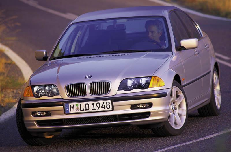 BMW 318i Executive (1999)