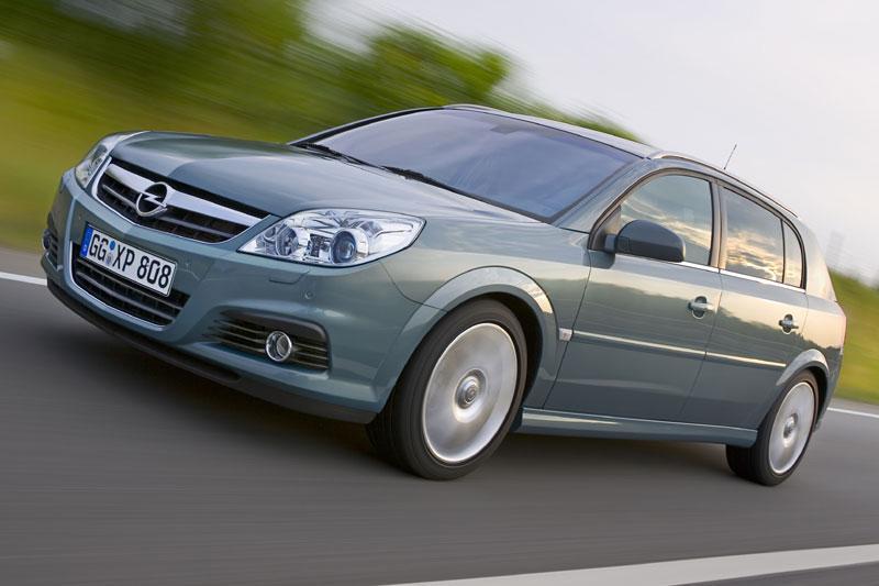 Opel Signum 3.0-V6 CDTI Cosmo (2006)