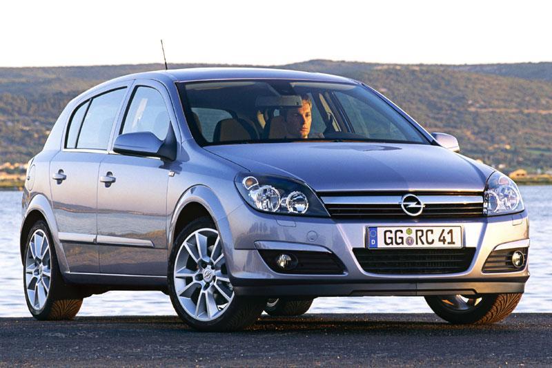 Opel Astra 1.6 Enjoy (2004)