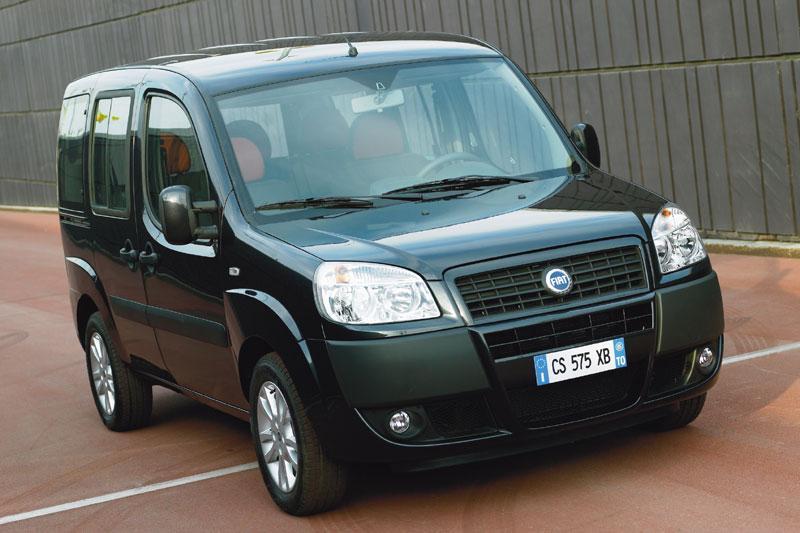 Fiat Doblò 1.4 8v Family Plus (2008)
