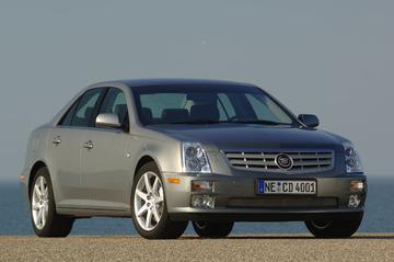 Cadillac STS 4.6 V8 AWD Sport Luxury (2008)