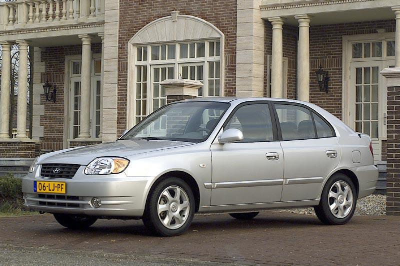 Hyundai Accent 1.3i ActiveVersion (2005)