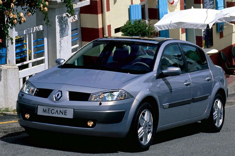 Renault Mégane Sedan 1.6 16V Expression Luxe (2004)
