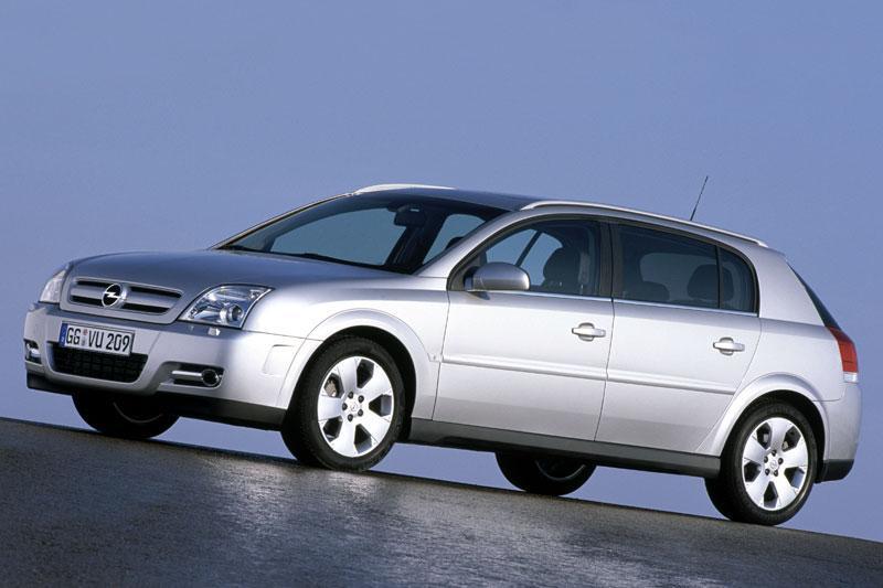 Opel Signum 3.0-V6 CDTI Cosmo (2005)