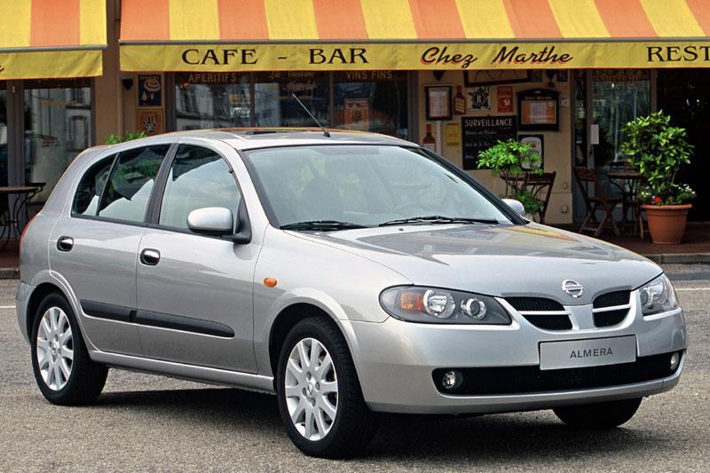 Nissan Almera 2.2 DT Visia (2002)