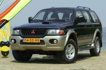 Mitsubishi Pajero Sport 3.0 V6 GLS (2003)
