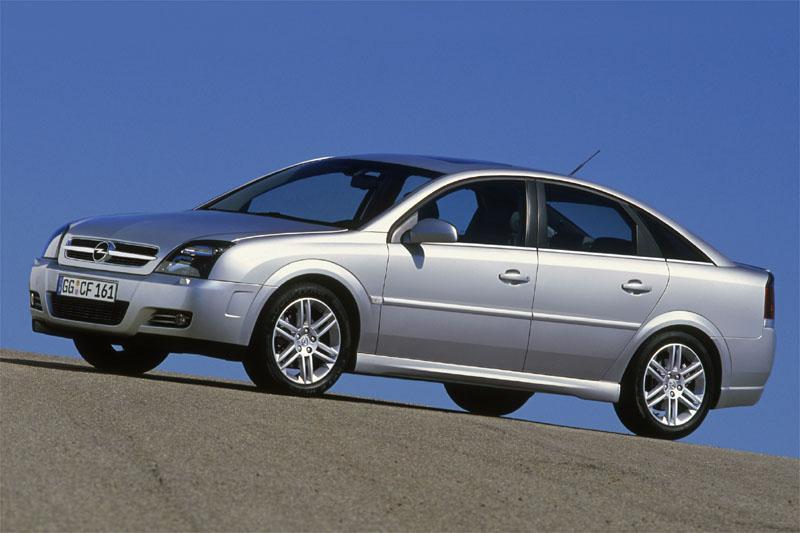 Opel Vectra GTS 1.8-16V Elegance (2004)