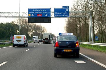 Beginnende chauffeurs testen Dacia
