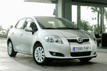 Toyota Auris 1.4 16v VVT-i Sol (2008)