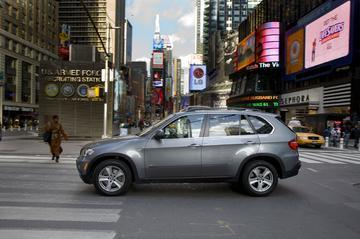 Per BMW X5 door de Big Apple