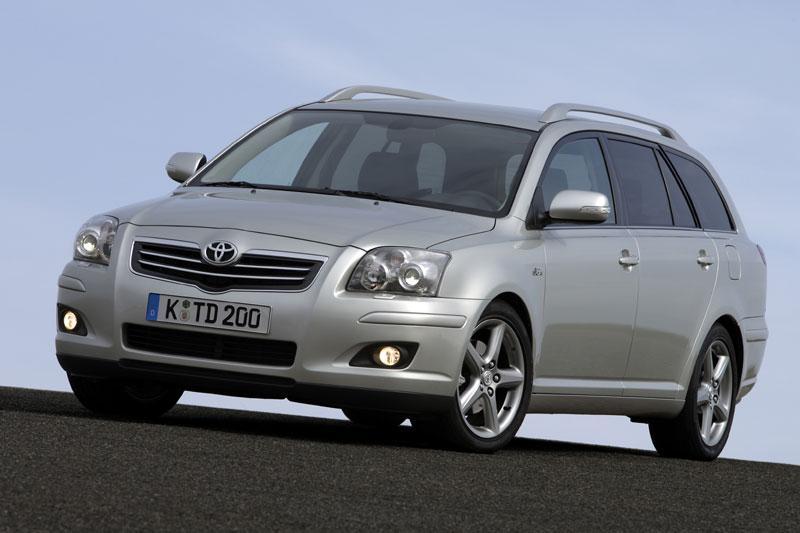 Toyota Avensis Wagon 2.4 16v VVT-i D4 Executive (2006)