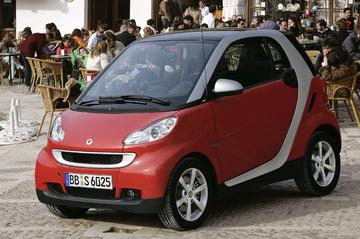 Smart fortwo coupé MHD pure 52kW (2009)