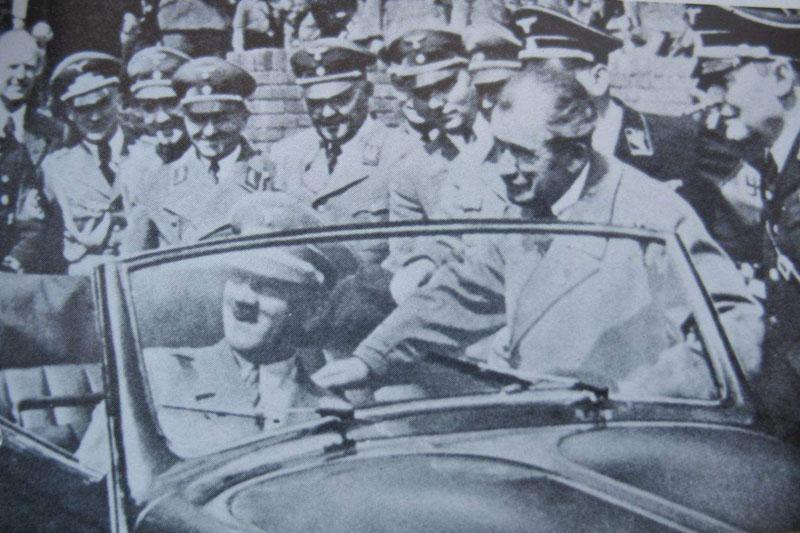 Hitler in Volkswagen