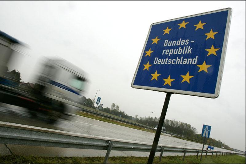 Autobahn grens Duitsland snelweg | Foto: ANP