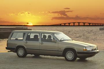 Volvo 760 GLE Estate (1989)
