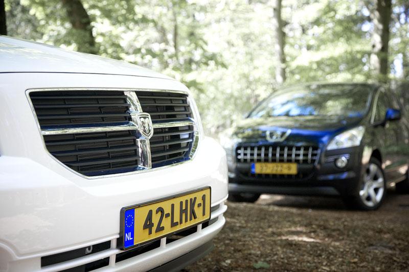 Dodge Caliber 2.0 Sport - Peugeot 3008 1.6 VTi