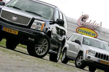 Jeep Grand Cherokee 5.7i HEMI V8 Limited – Cadillac Escalade 6.0 V8