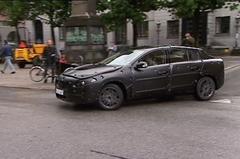 Volvo S60 prototype op de weg