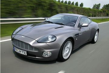Aston Martin Vanquish Sports Dynamic