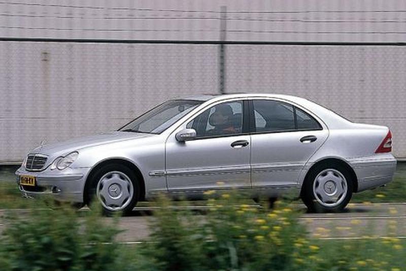 Mercedes-Benz C 200 Kompressor Classic (2000)