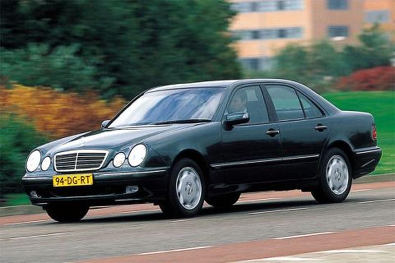 Mercedes-Benz E 270 CDI Elegance (1999)