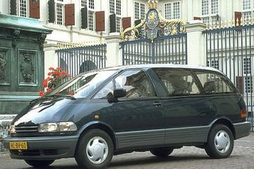Toyota Previa 2.4 GLi (1995)
