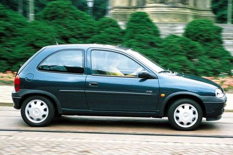 Opel Corsa 1.0i-12V Swing (1998)