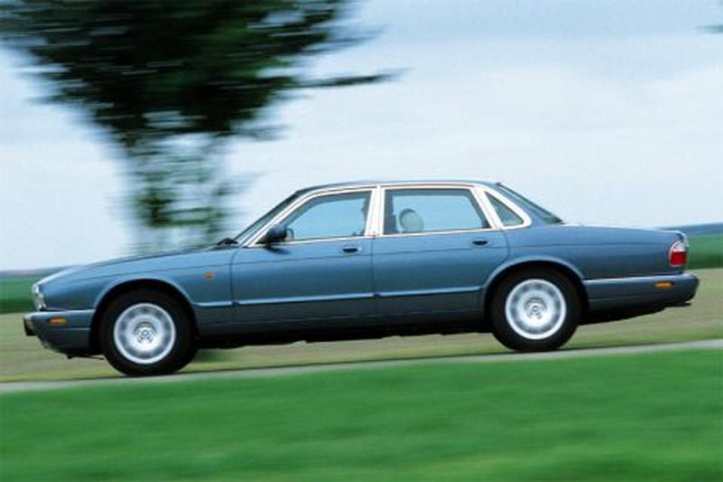 Jaguar Sovereign 4.0 (1999)
