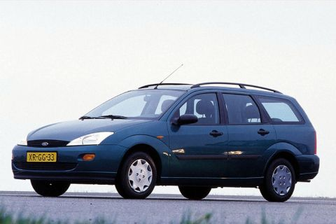 ford focus wagon 16v ambiente 1999 autotest. Black Bedroom Furniture Sets. Home Design Ideas