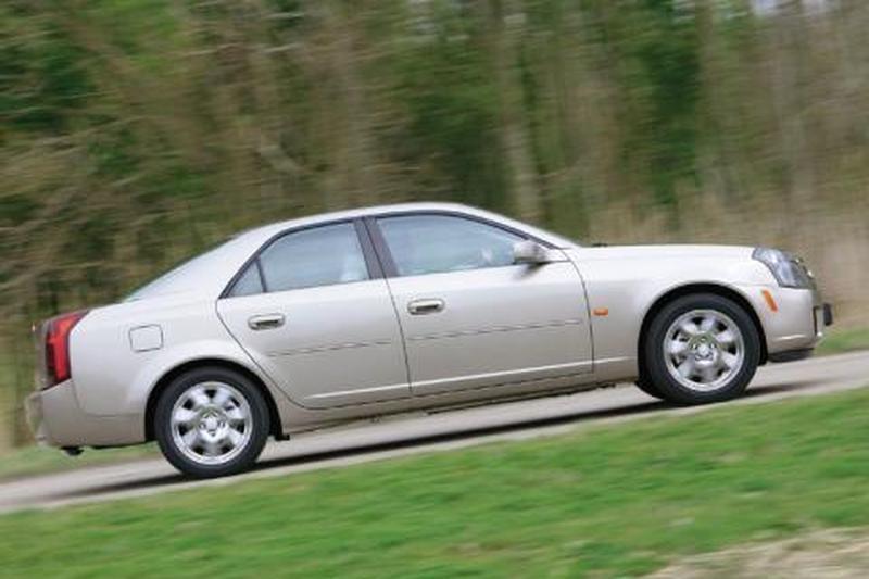 Cadillac CTS 3.2 V6 Sport Luxury (2003)