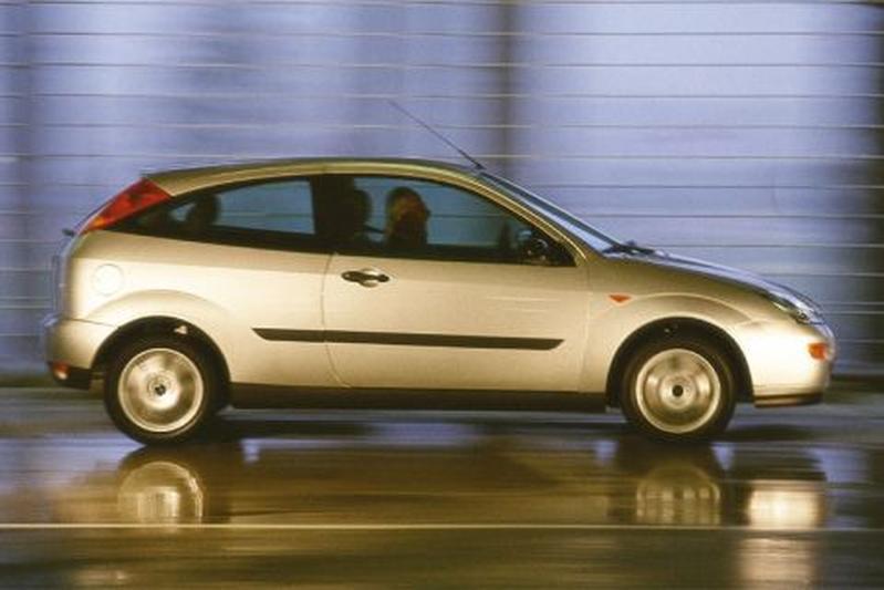 Ford Focus 1.4i 16V Trend (1999)