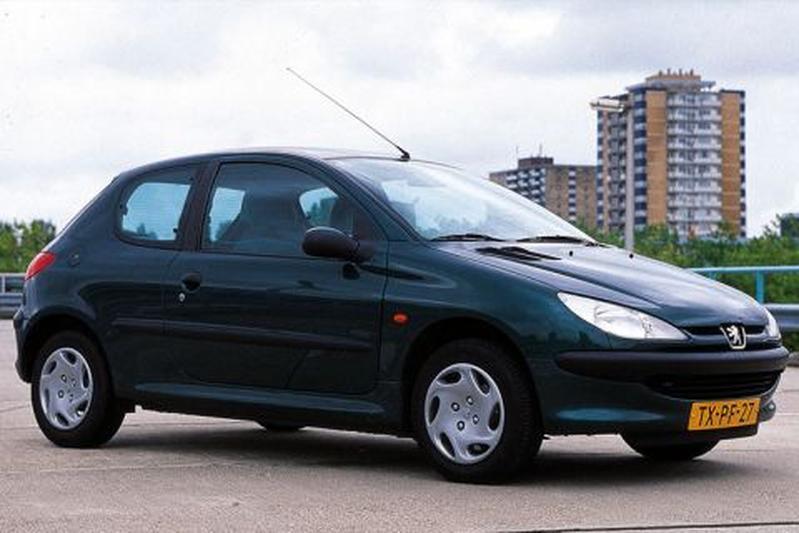 Peugeot 206 XT 1.4 (1998)