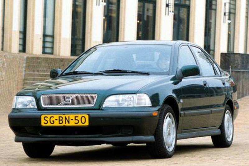Volvo S40 1.6 (1998)