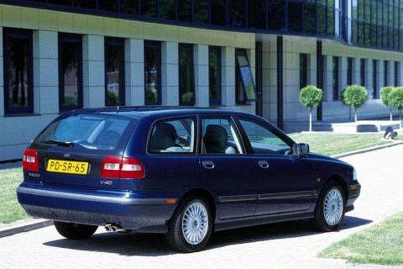 Volvo V40 2.0 (1997)